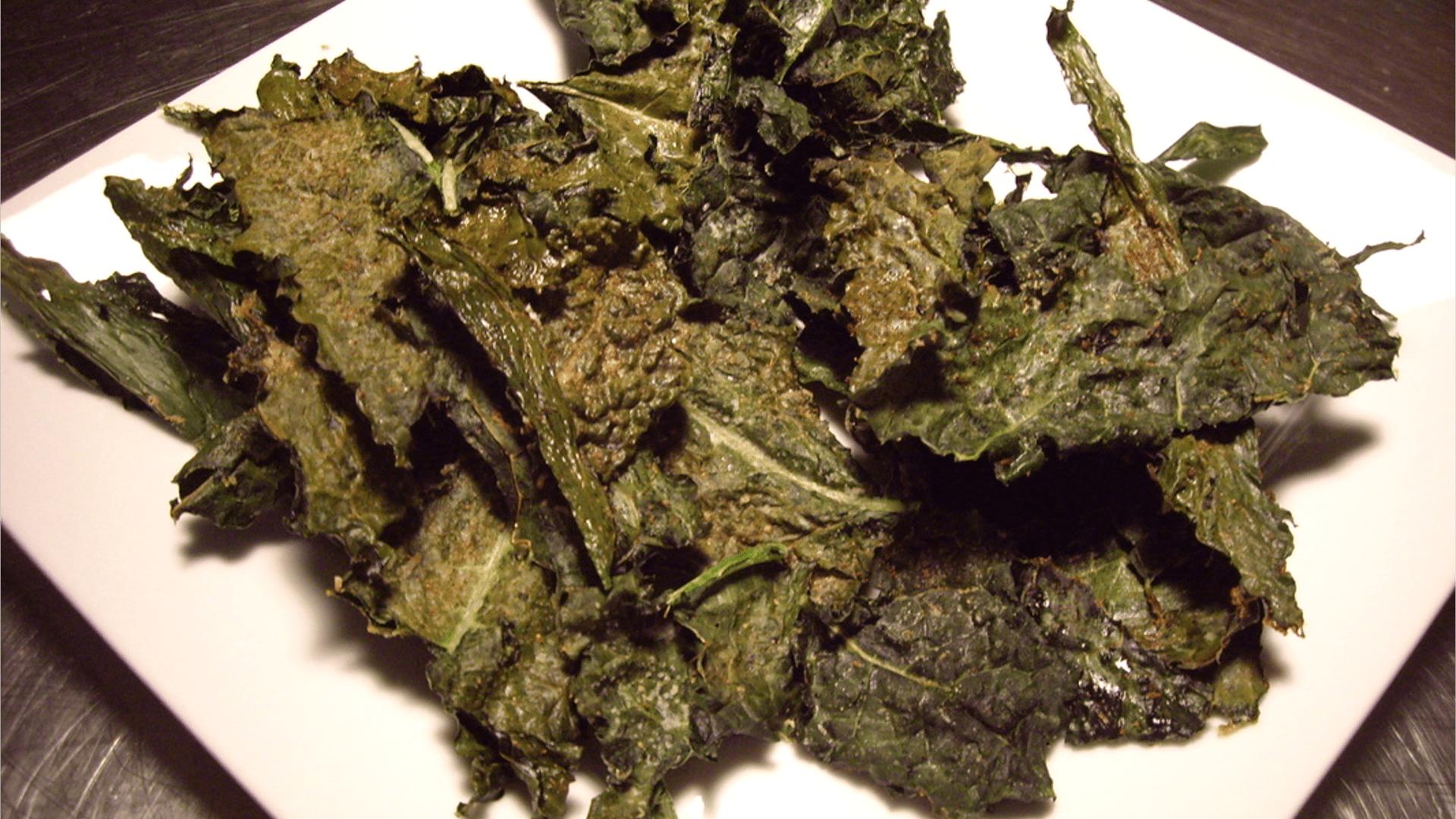 Crispy Kale Chips - © ProtectiveDiet.com
