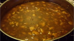 Mushroom Gravy - © ProtectiveDiet.com