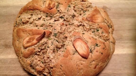 Artisanal Garlic Onion Herb Bread - © ProtectiveDiet.com