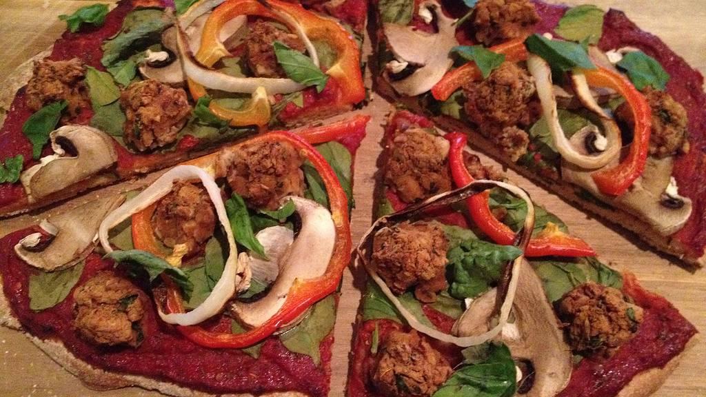 Italian Sausage Pizza - © ProtectiveDiet.com