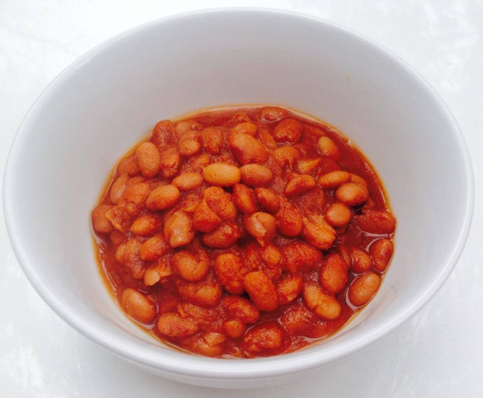 New Slow Cooker Sweet & Spicy Sugar-free BBQ Baked Beans coming soon to http://p…