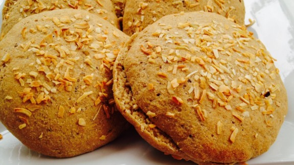 Onion Sandwich Rolls - © ProtectiveDiet.com