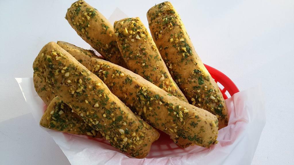 Garlic Bread Sticks - © ProtectiveDiet.com