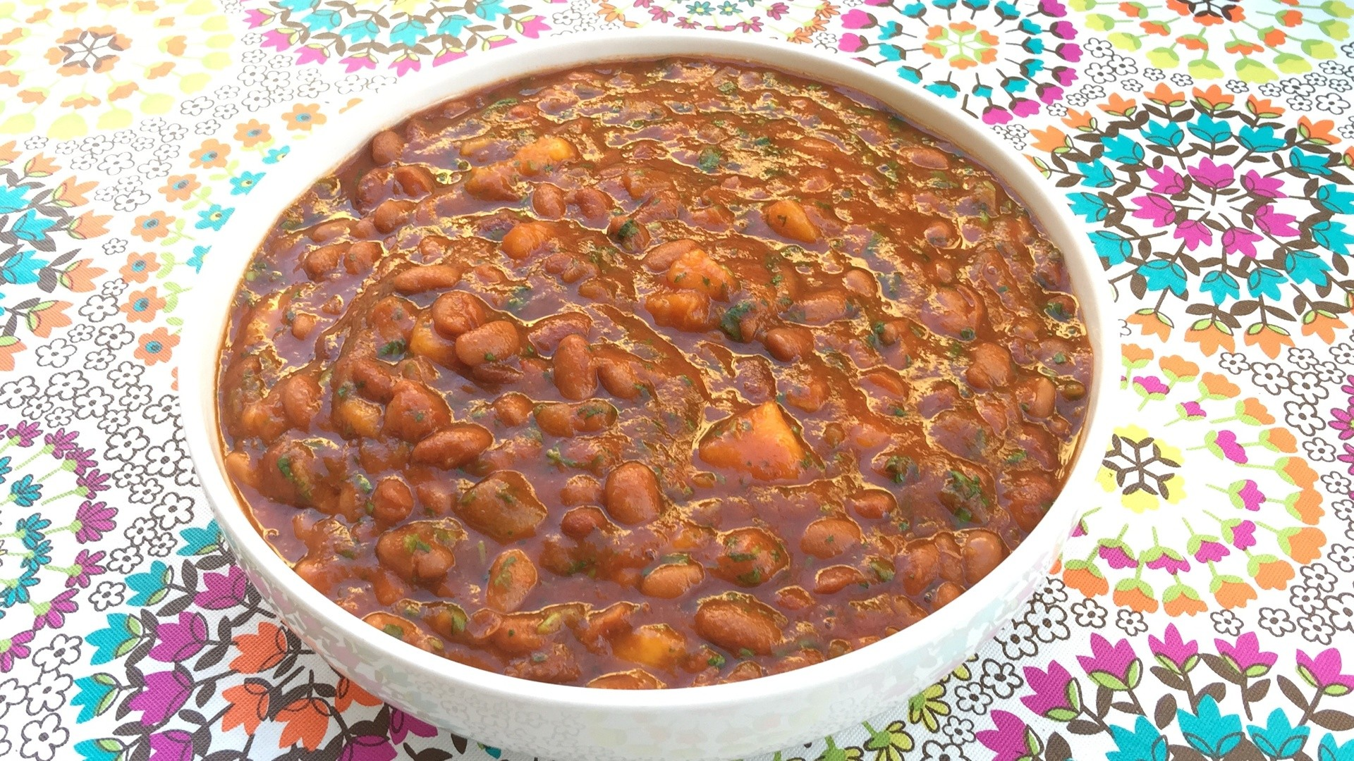 Summertime Slow Cooker BBQ Beans Featured Image - © ProtectiveDiet.com