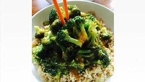 Oil-free Broccoli & Garlic Sauce - © ProtectiveDiet.com
