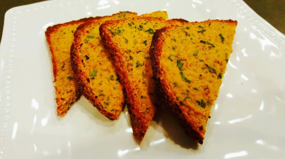 Garlic Toast - © ProtectiveDiet.com