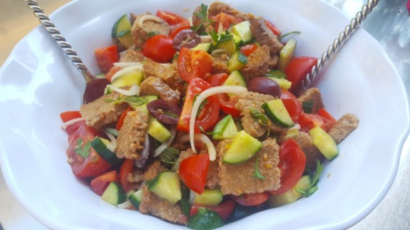 Panzanella Salad Featured Image - © ProtectiveDiet.com